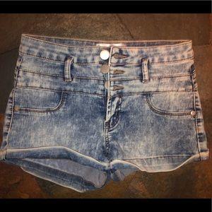 Pants - High-Rise Shorts